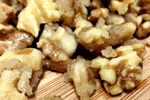 Homemade candied walnuts